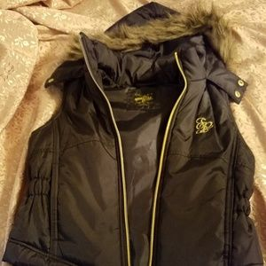 Girls sleeveless puffer coat